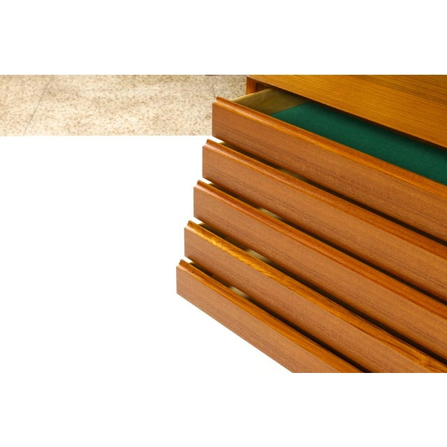 1960s Mid-Century Danish Modern Teak 5 Drawers Upright Chest / Dresser For Sale - Image 5 of 8