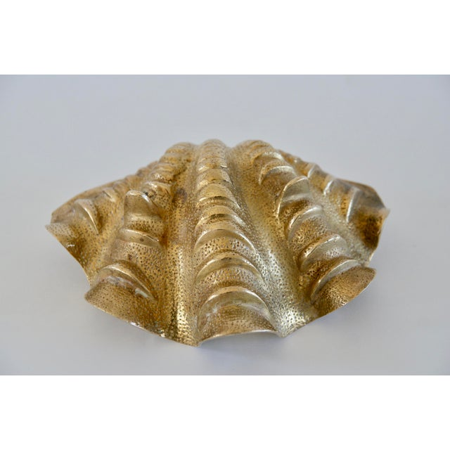 1960s 1960s Hollywood Regency Brass Shell Dish For Sale - Image 5 of 7