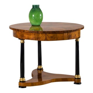 Biedermeier Period Antique German Walnut Table, Berlin, circa 1825 For Sale