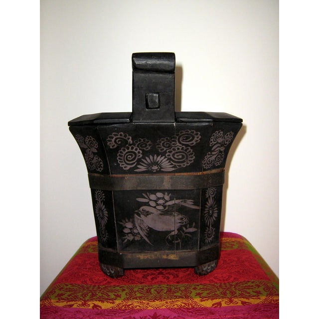 Mid 19th Century Qing Dynasty Chinese Teapot Box For Sale - Image 5 of 10