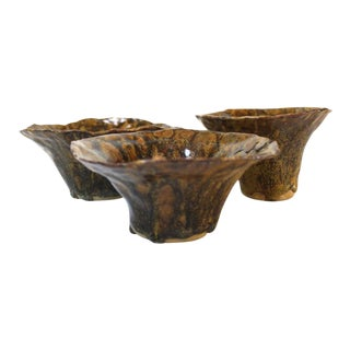 Mid-Century Studio Pottery Fluted Pinch Pots a Set- 3 Pieces For Sale