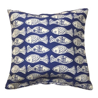 Coastal Indoor Outdoor White and Blue Fish Fabric Pillow Cover For Sale