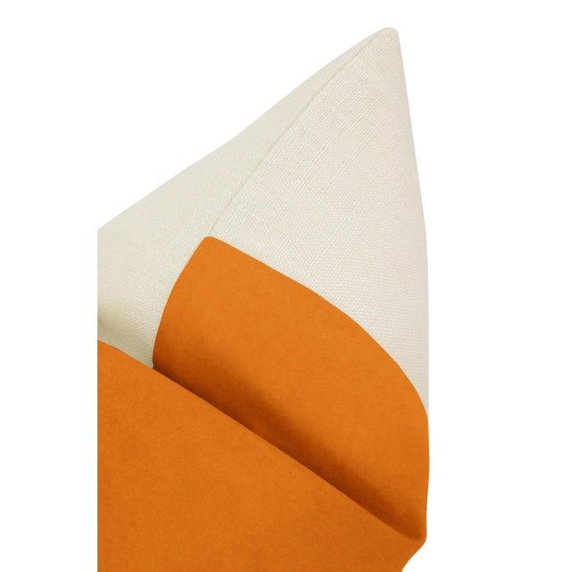 "22"" Clementine Velvet Panel + Linen Pillows - a Pair For Sale - Image 4 of 6"