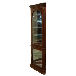 20th Century Georgian Ethan Allen Corner Display Curio Cabinet Preview