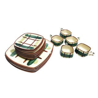 Vintage 1950's Mid-Century Hand Painted Signed Classic Plaid Blair Ceramics - 16 Piece Set For Sale
