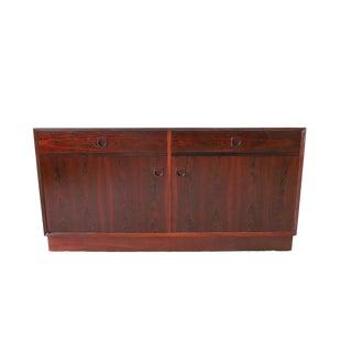 Vintage Mid Century Modern Rosewood Credenza by Dyrlund For Sale