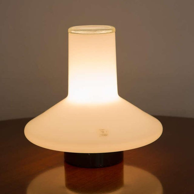 "Italian ""Coro"" Table Lamp by Roberto Pamio for Leucos For Sale - Image 3 of 10"