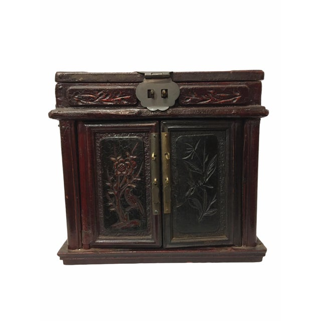 Antique Wooden Chinese Keepsake / Jewelry Box For Sale - Image 10 of 10