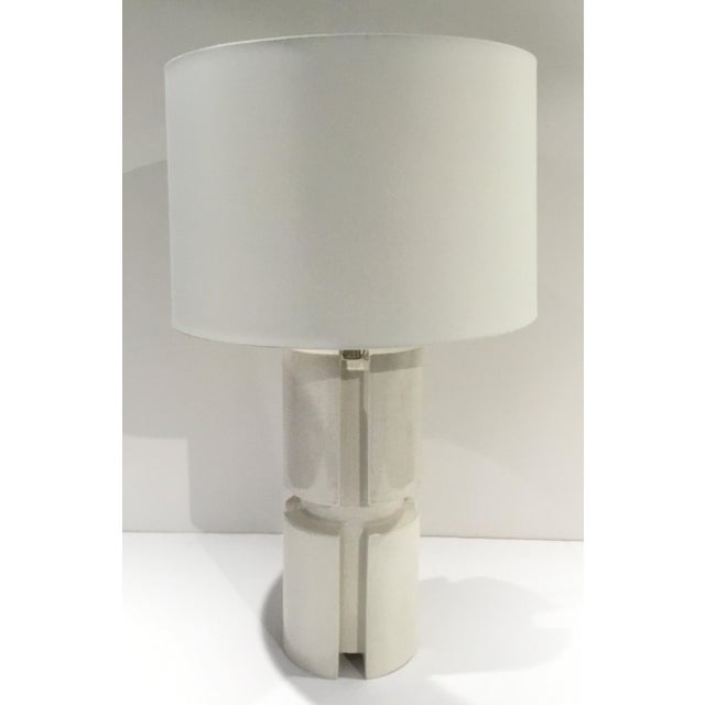 2010s Arteriors Modern White Crackle Glaze Porcelain Skye Table Lamp with Shade For Sale - Image 5 of 5