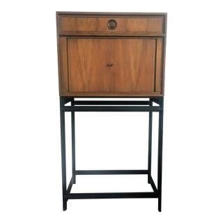 1960s Mid Century Modern Baker Furniture Bar Cabinet For Sale