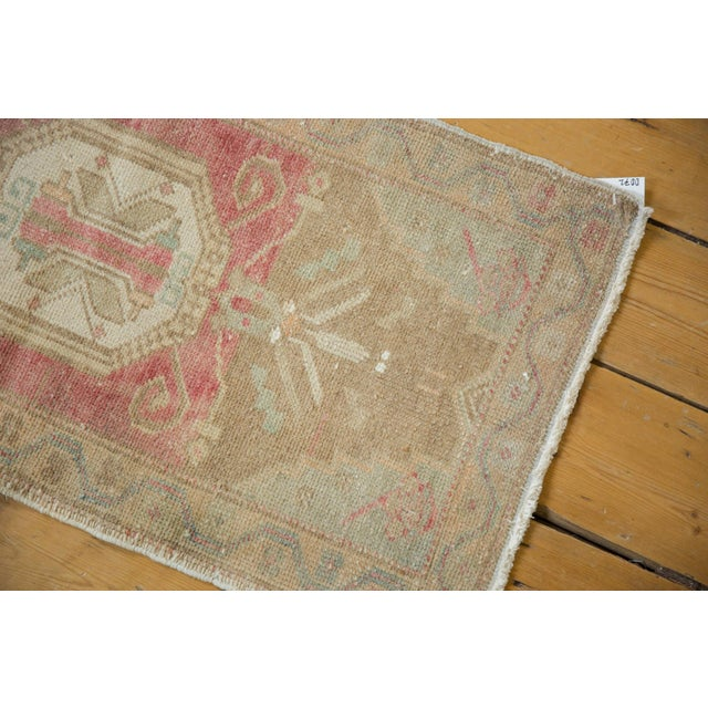 "1980s Vintage Distressed Oushak Rug Mat - 1'6"" X 3' For Sale - Image 5 of 7"