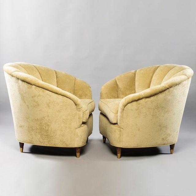 Yellow Coquille Form Sofa and Pair of Chairs Attributed to Paolo Buffa For Sale - Image 8 of 13