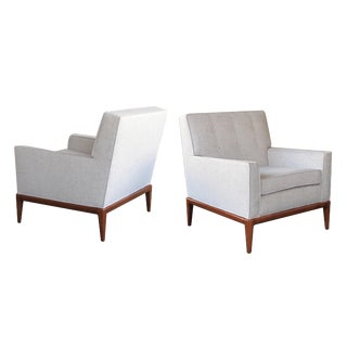 A Timeless Pair of American Modernist 1950's Club Chairs in the Style of Robsjohn-Gibbings for Widdicomb