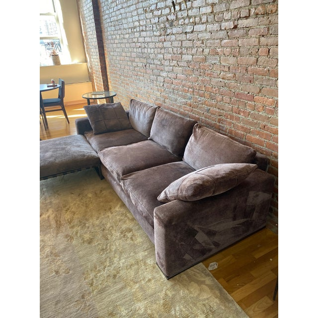 Minotti Purple Sofa and Ottoman For Sale In New York - Image 6 of 10