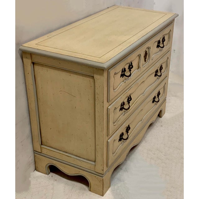 Pair of Baker Furniture French Style Chests For Sale In Atlanta - Image 6 of 8