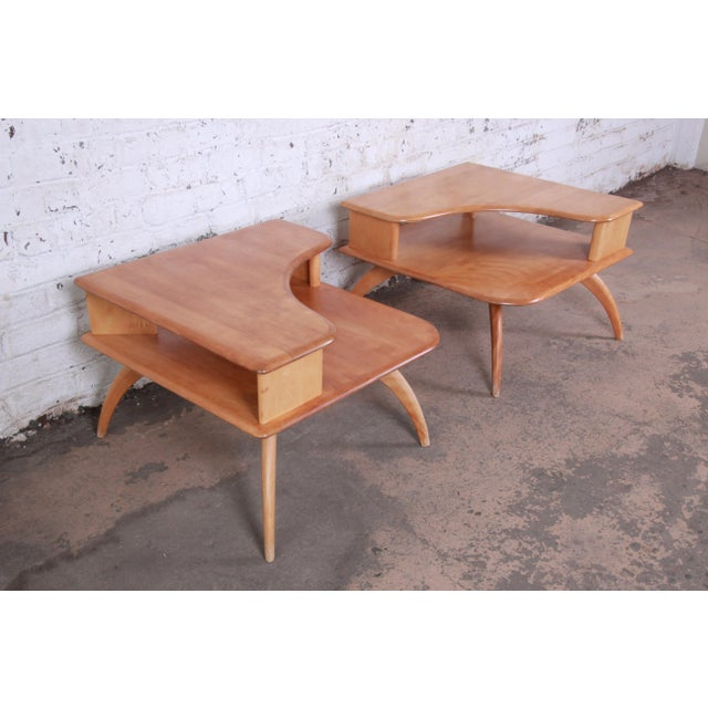 Brown Heywood Wakefield Mid-Century Modern Solid Maple Corner End Table, 1950s For Sale - Image 8 of 11