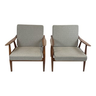Vintage Hans Wegner for Getama Ge-270 Teak Lounge Chairs - a Pair For Sale