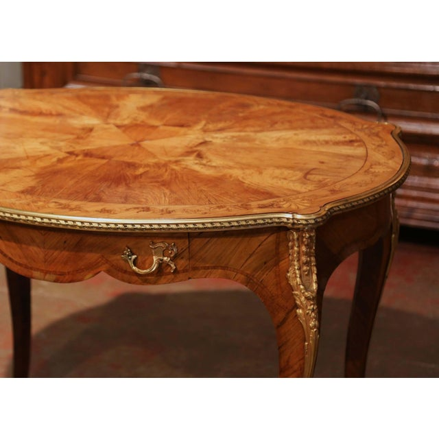 French 19th Century French Louis XV Oval Walnut Marquetry and Bronze Center Table For Sale - Image 3 of 13