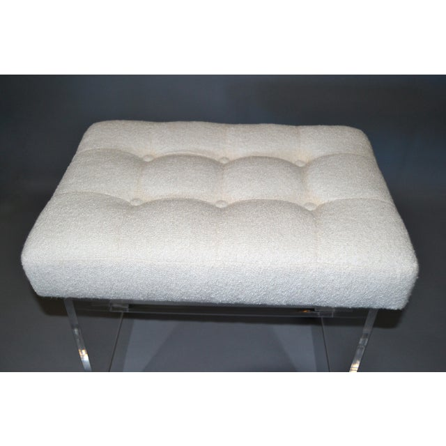 Mid-Century Modern Lucite Stool, Vanity Stool Tufted Boucle Fabric Seat Casters For Sale In Miami - Image 6 of 12