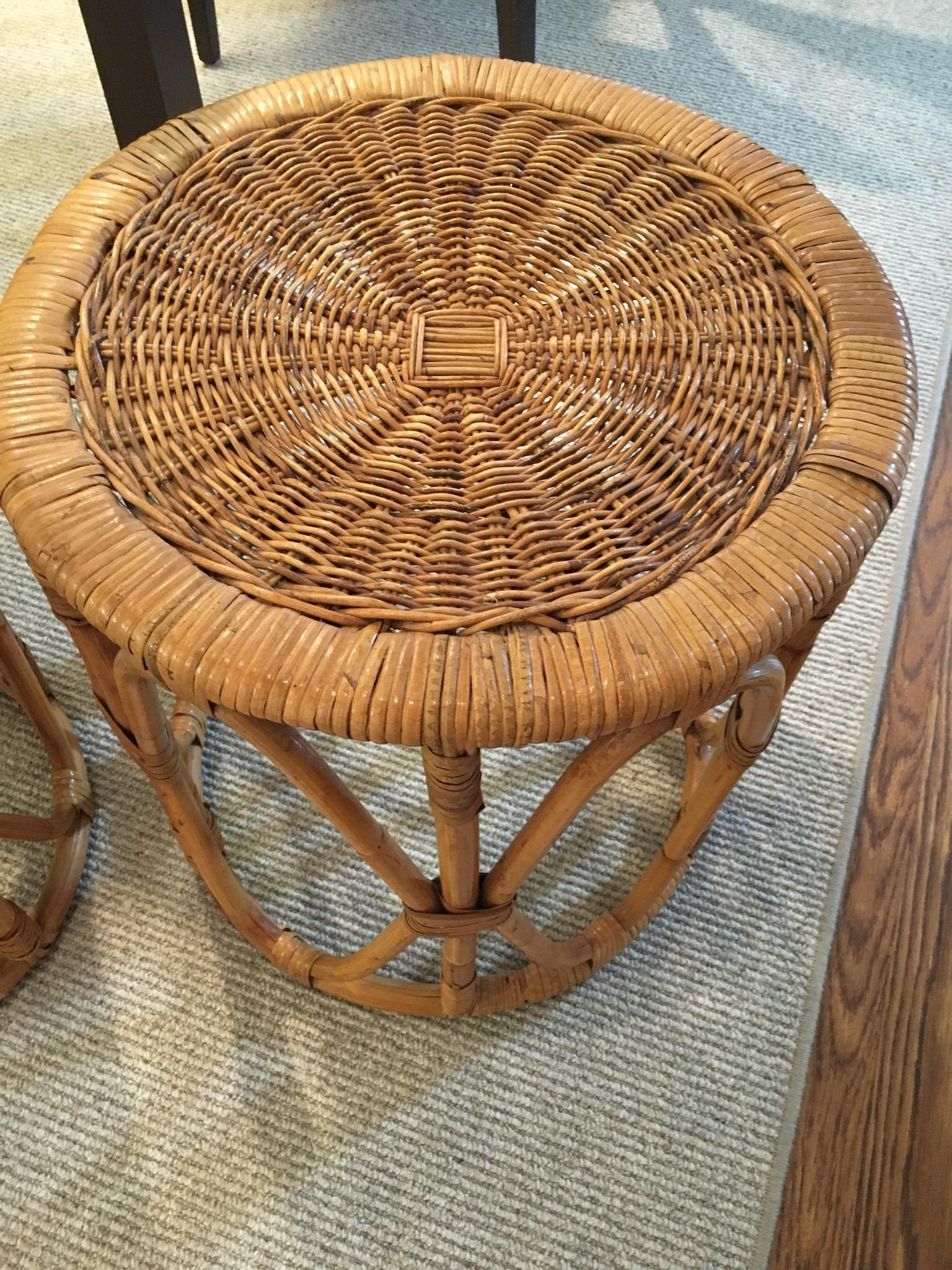 Mid Century Rattan/Wicker Nesting Tables   3 For Sale   Image 4 Of