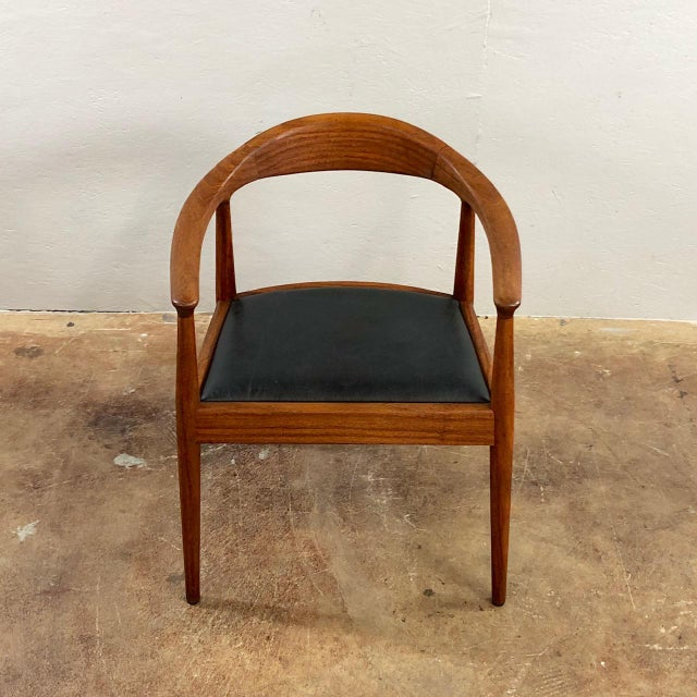 1960s Vintage Hans Wegner Style Danish Modern Dining Chairs- Set of 4 For Sale In Phoenix - Image 6 of 11