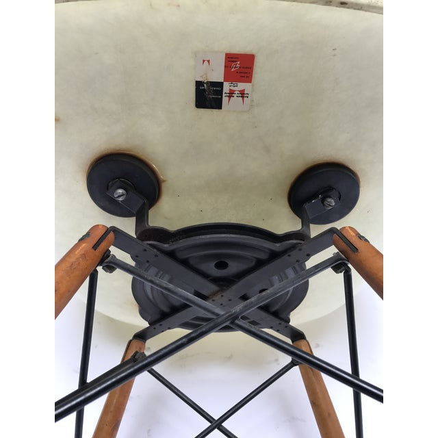 Yellow Vintage Eames PAW Swivel chair for Herman Miller For Sale - Image 8 of 11