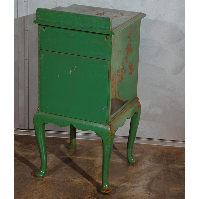 Early 20th Century Chinoiserie Decorated Night Stand For Sale In Los Angeles - Image 6 of 7