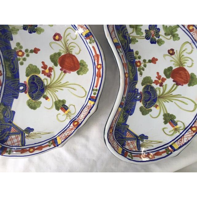 CACF Faenza Italian Pottery Bone Plates - a Pair For Sale - Image 12 of 13