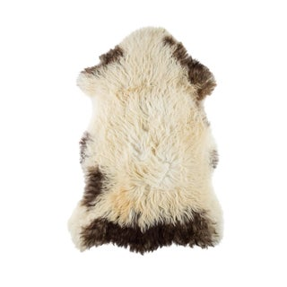 "Contemporary Hand-Tanned Sheepskin Pelt Rug - 2'0""x3'3"" For Sale"