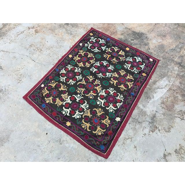 Dark Gray Floral Pattern Antique Suzani Textile - Image 4 of 6