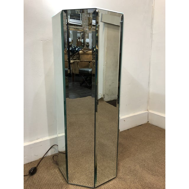 Mid-Century Modern Mid-Century Modern Mirrored Pedestal For Sale - Image 3 of 10