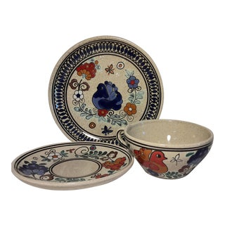 Vintage Ceramica Bariloche Argentina Hand Painted Plate - Set of 3 For Sale