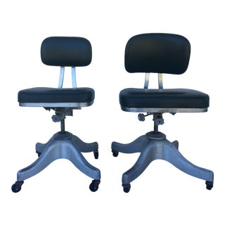 1950's Shaw Walker Industrial Forest Green Vinyl Office Chairs With Casters - Set of 2 For Sale