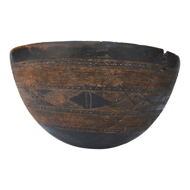 Antique Large Tuareg Tribal Wood Bowl For Sale
