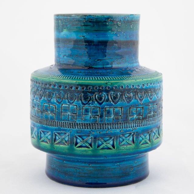 """Aldo Londi """"Rimini Blu"""" Ceramic Vase by Aldo Londi for Bitossi, Circa 1960s For Sale - Image 4 of 10"""