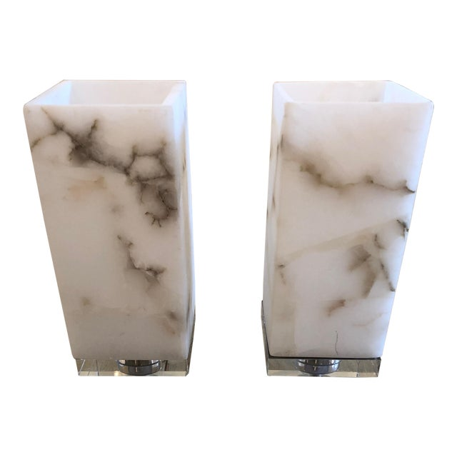 Marble Cubes on Lucite Bases Table Lamps - a Pair For Sale
