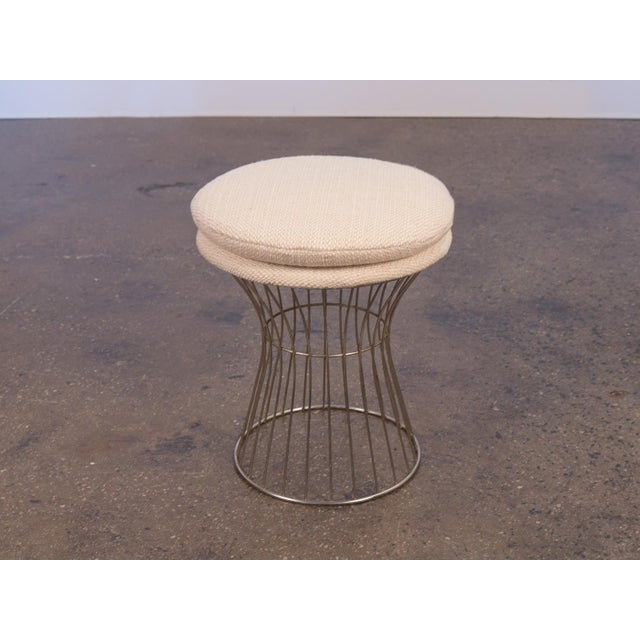 Vintage wire stool in a creamy, textural wool in the manner of Warren Platner. Excellent condition. The plush seat cushion...