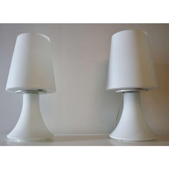1960s Pair of Italian White Glass Lamps and Shades by Laurel For Sale - Image 5 of 7