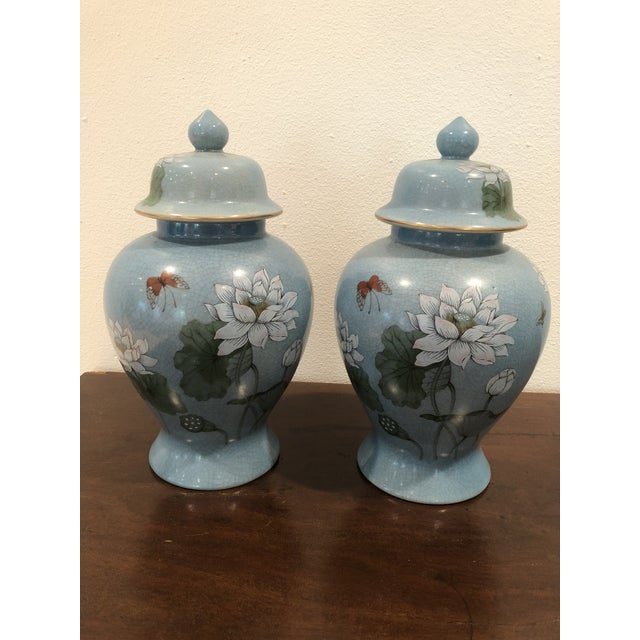 20th Century Chinoiserie Blue Ceramic Ginger Jars - a Pair For Sale In Milwaukee - Image 6 of 6