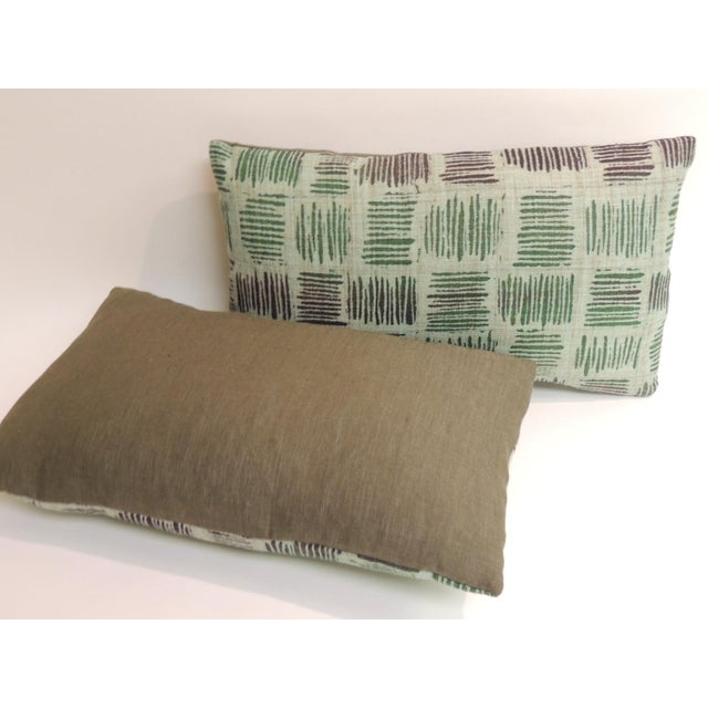 Pair of Vintage Hand Blocked Green and Brown Decorative Lumbar Pillows For Sale - Image 4 of 5