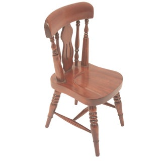 Winsor Style Biola Back Doll Chair