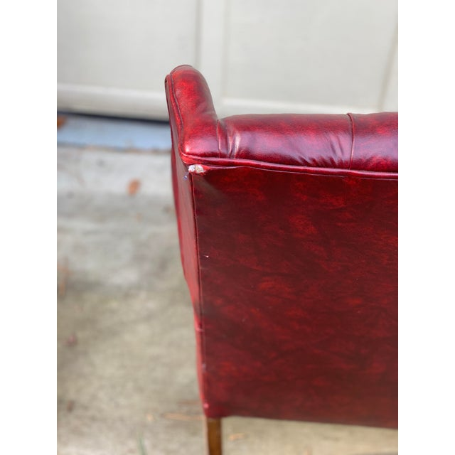 1970s 1970s Vintage Burgundy Leather Settee For Sale - Image 5 of 7