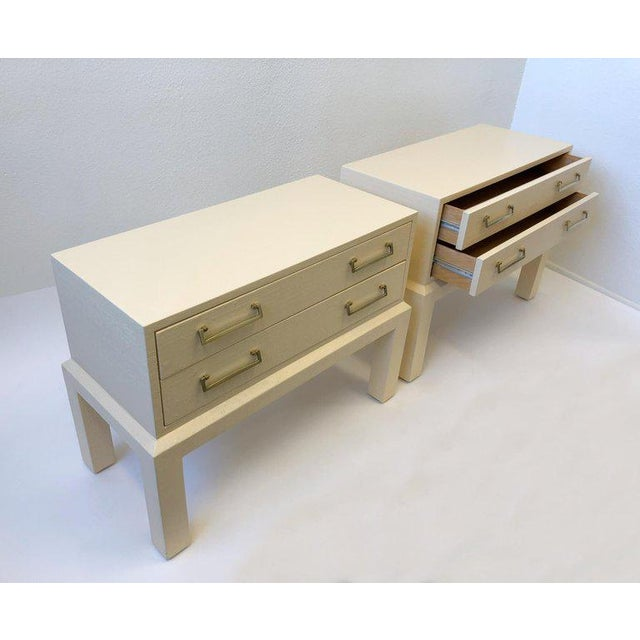 1980s Pair of Brass and Lacquered Two Drawers Nightstands by Steve Chase For Sale - Image 5 of 7