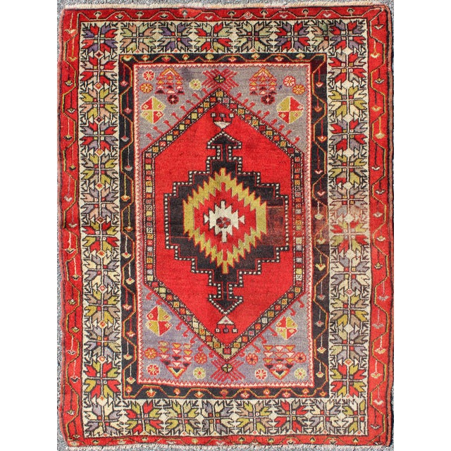 Textile Keivan Woven Arts, L11-1001,, 1920s Antique Turkish Oushak Rug - 3′7″ × 4′10″ For Sale - Image 7 of 7