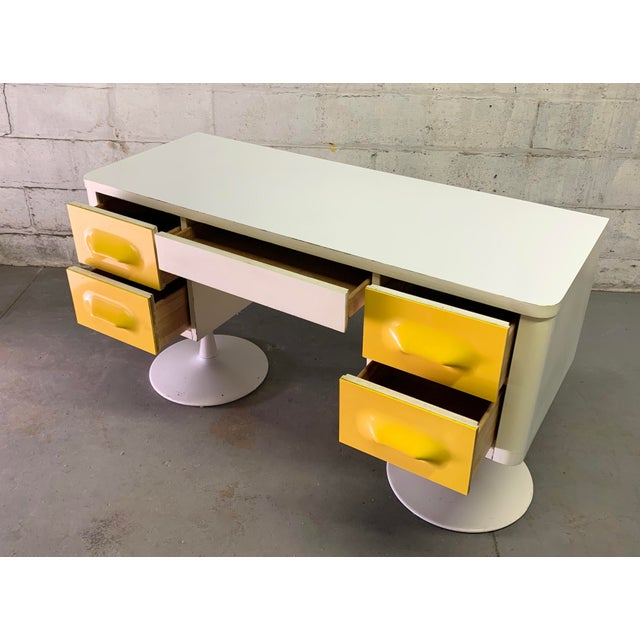 1970s Rare Mid Century Modern Broyhill Premier Chapter One Desk For Sale - Image 5 of 11