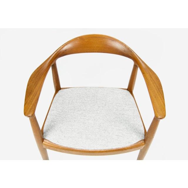 Hans Wegner for Johannes Hansen Teak Round Arm Chair For Sale In Philadelphia - Image 6 of 13