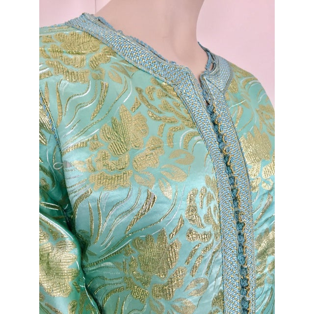 Moroccan Kaftan in Turquoise and Gold Floral Brocade Metallic Lame For Sale - Image 11 of 12