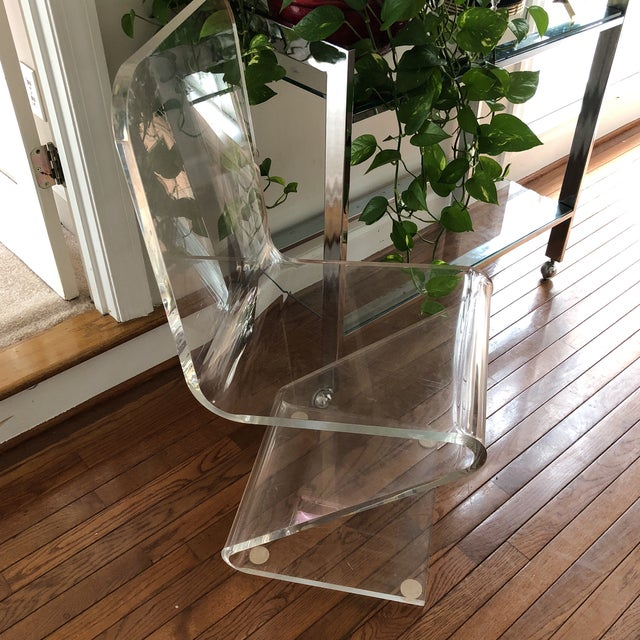 "Absolutely gorgeous and sturdy Z lucite chair. 18"" floor to seat height. Extremely comfortable. Vintage."