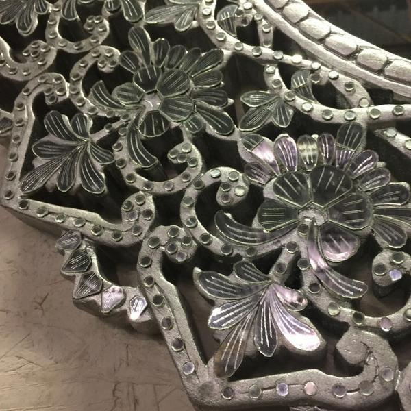 Asian Transitional Round Hand Cut Glass Mirror For Sale - Image 3 of 4