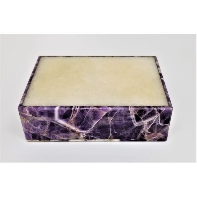 Vintage Amethyst Jewelry Keepsake Box - Magnificent Gemstone Semi-Precious Rock Crystal - Mid Century Modern Palm Beach Chic Alabaster Marble For Sale - Image 10 of 13